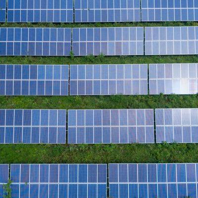 Qual o painel solar adequado para garantir a viabilidade financeira da instalação fotovoltaica?